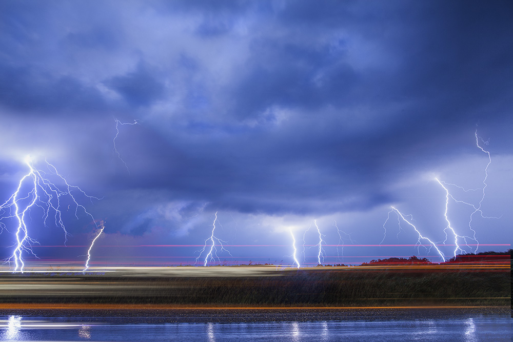 How to shoot photograph lightning tutorial