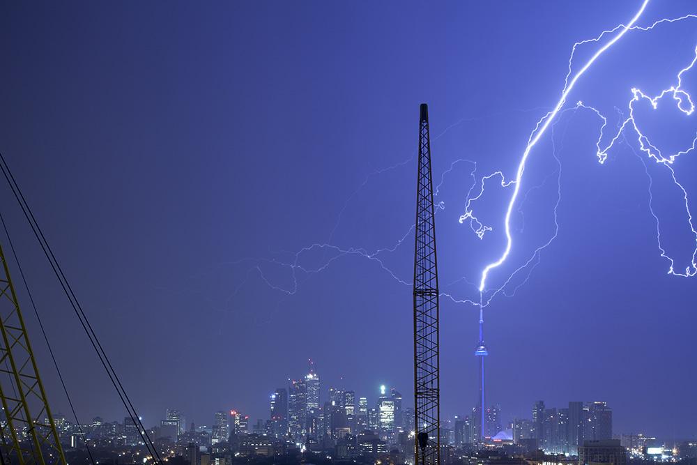 How to shoot photograph lightning tutorial
